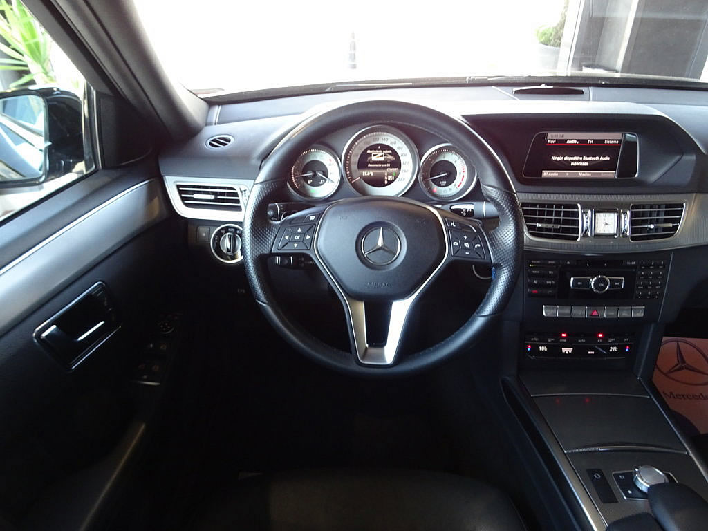 Mercedes E350 4M (24)