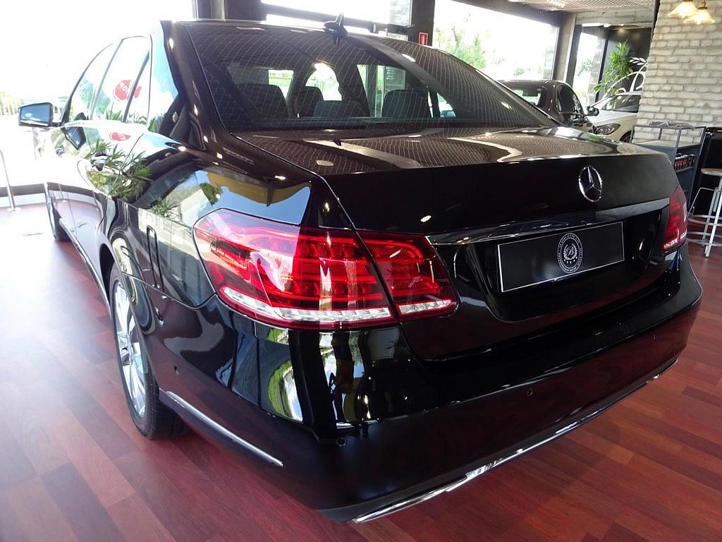 Mercedes E350 4M (39)