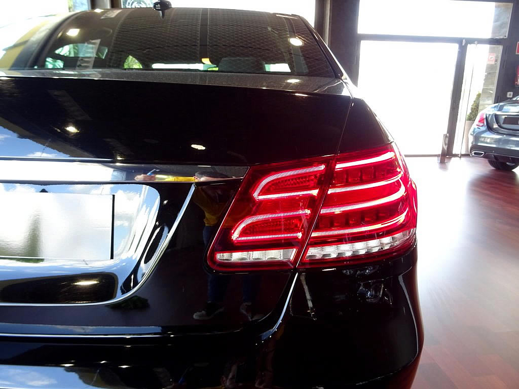 Mercedes E350 4M (40)