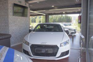 Audi TT 2.0 TFSI Quattro (1)